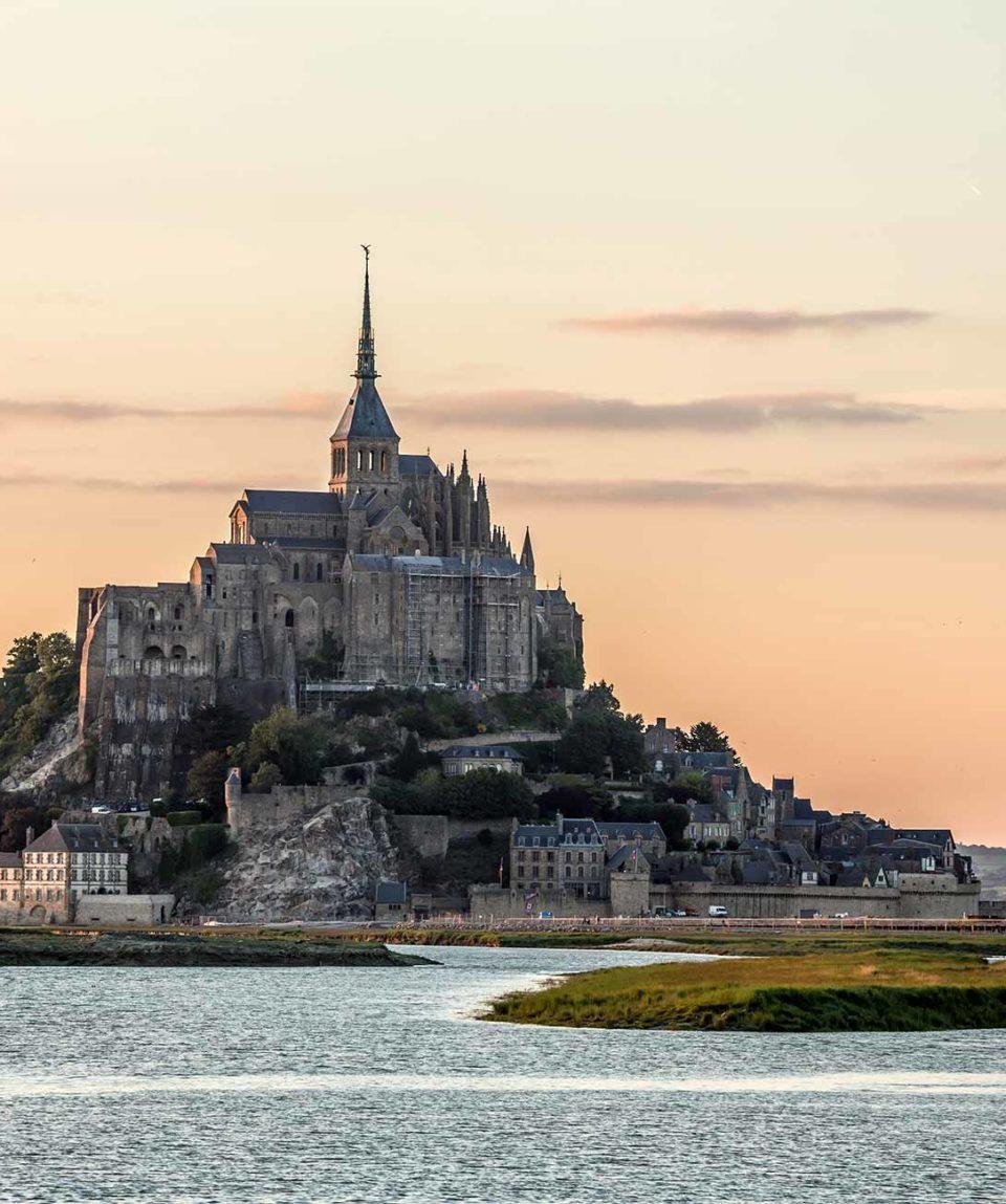 paris-mont-saint-michelle