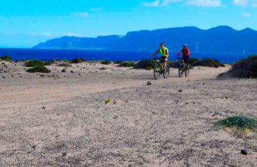 Lanzarote-holidays-bike